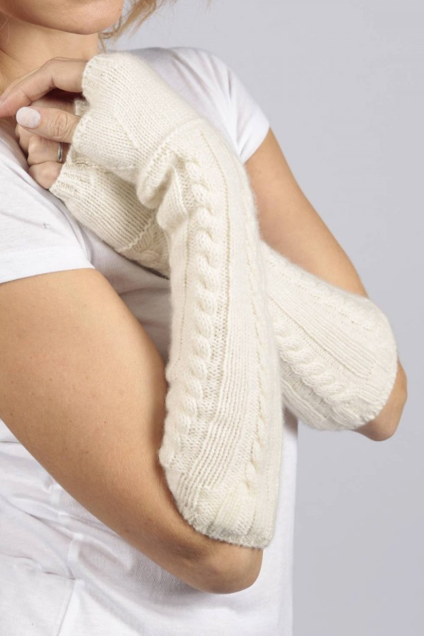 Cream White cashmere cable knit wrist warmers gloves