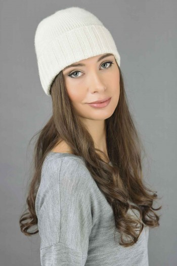 Pure Cashmere Plain and Ribbed Knitted Beanie Hat in Cream White