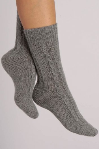 Pure Cashmere Bed Socks in Light Grey Cable Knit