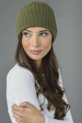 Pure Cashmere Fisherman Ribbed Beanie Hat in Loden Green 3