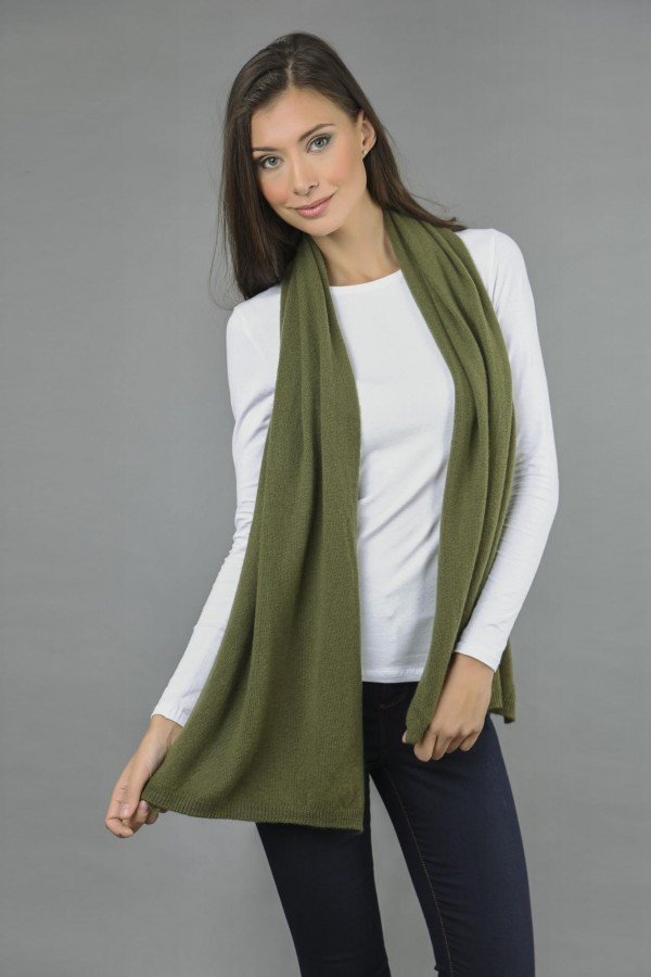 Pure Cashmere Plain Knitted Small Stole Wrap in Loden Green front 1
