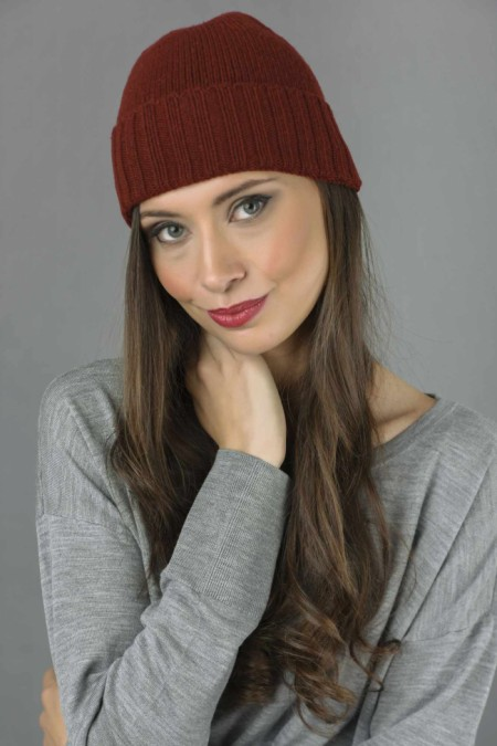 Pure Cashmere Plain and Ribbed Knitted Beanie Hat in Bordeaux 1