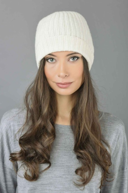 Pure Cashmere Fisherman Ribbed Beanie Hat in Cream White 1