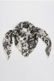 Summer scarf in bamboo wrap square shawl Paisley pattern print