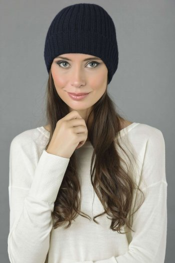 Pure Cashmere Fisherman Ribbed Beanie Hat in Navy Blue