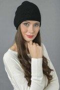 Pure Cashmere Plain Knitted Beanie Hat in Black 1