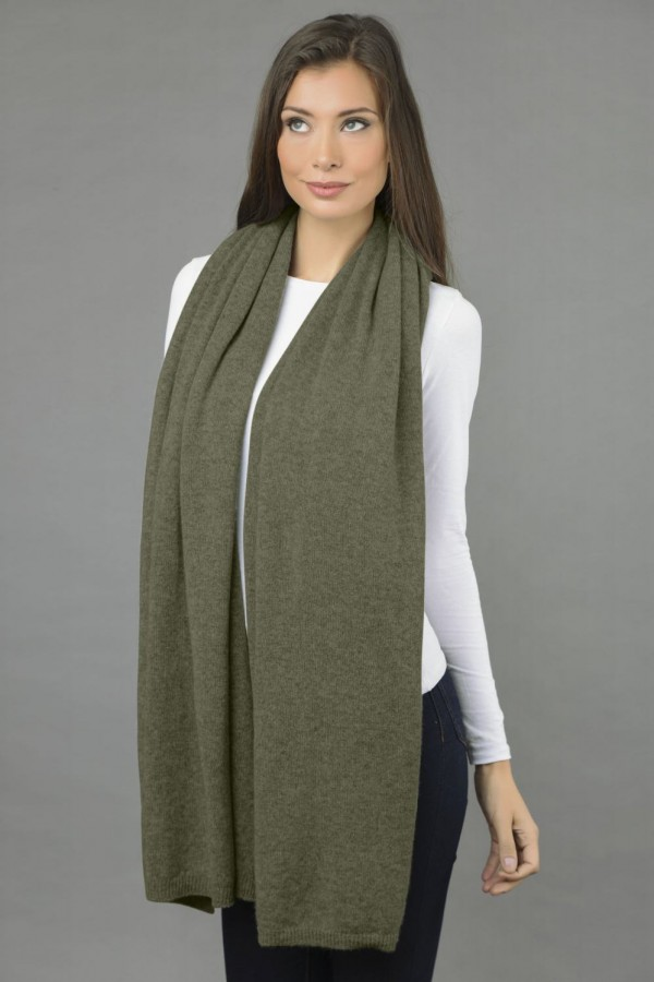 Knitted Pure Cashmere Wrap in Army Green 2