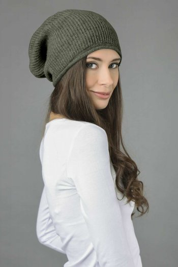 Pure Cashmere Ribbed Knitted Slouchy Beanie Hat in Army Green