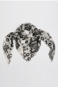 Summer scarf in bamboo wrap square shawl Paisley pattern print 01