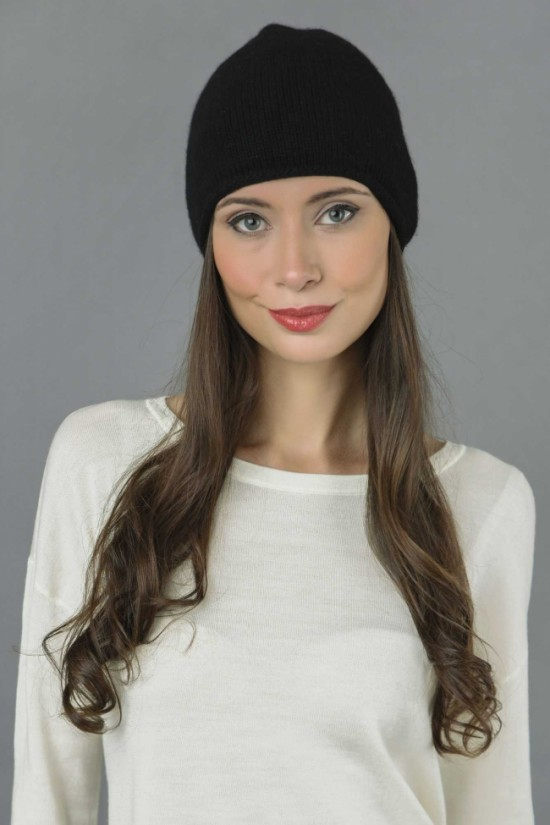 Pure Cashmere Plain Knitted Beanie Hat in Black 2