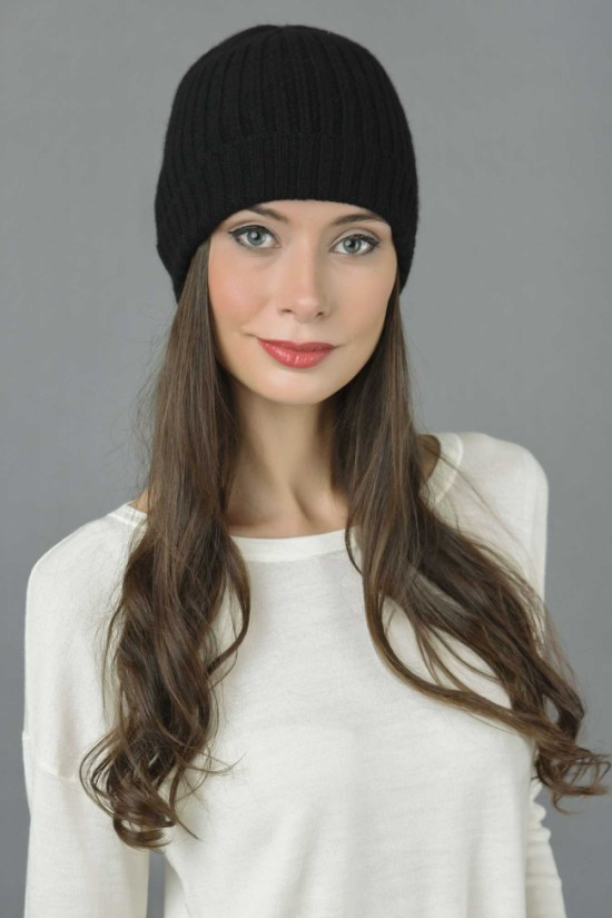 Pure Cashmere Fisherman Ribbed Beanie Hat in Black 1