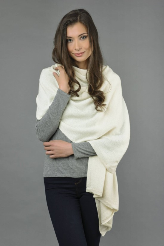 Knitted Pure Cashmere Wrap in Cream White 3