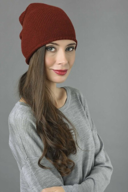 Pure Cashmere Plain Knitted Slouch Beanie Hat in Bordeaux 2