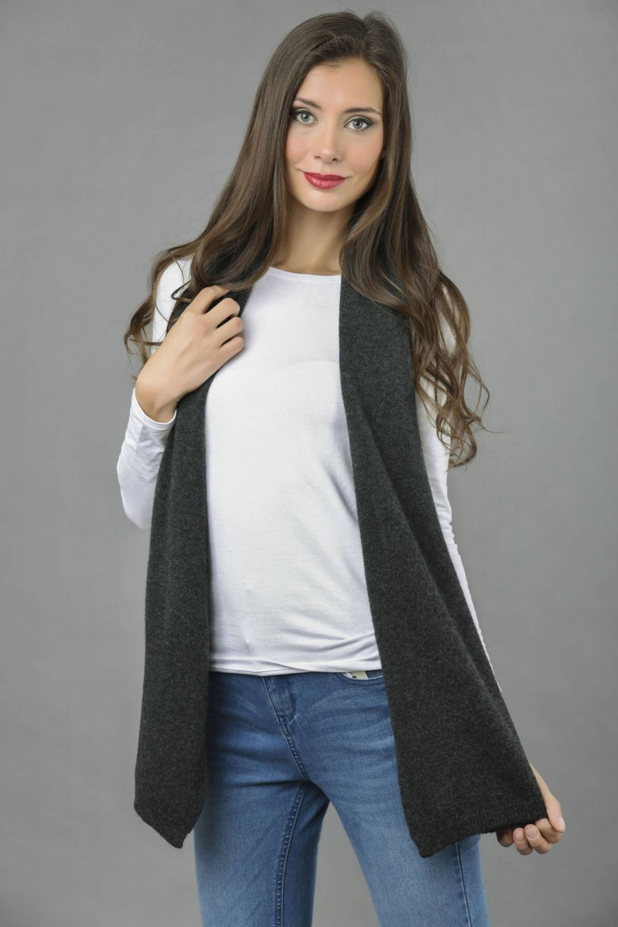 8d2bfb70c Pure Cashmere Plain Knitted Small Stole Wrap in Charcoal Grey front 1