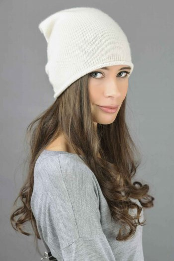 Pure Cashmere Plain Knitted Slouchy Beanie Hat in Cream White