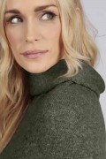 Army green 100% cashmere roll neck poncho detail