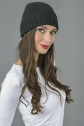 Pure Cashmere Plain and Ribbed Knitted Beanie Hat in Charcoal Grey 2