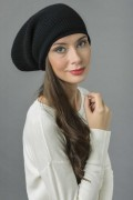 Pure Cashmere Ribbed Knitted Slouchy Beanie Hat in Black 2