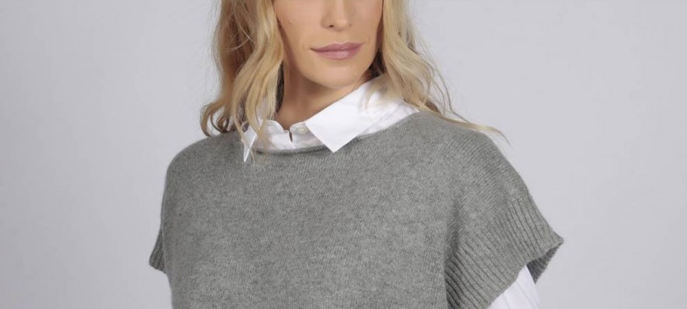 Cashmere sleeveless jumper of premium quality