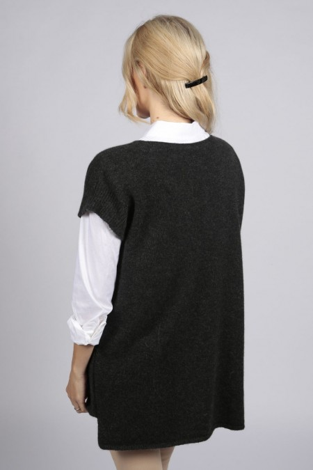 Charcoal grey women's pure cashmere sleeveless sweater | Italy in ...