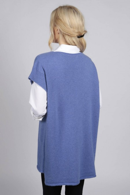 Periwinkle blue women's pure cashmere sleeveless sweater | Italy ...