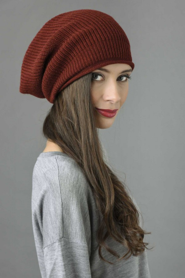 Pure Cashmere Ribbed Knitted Slouchy Beanie Hat in Bordeaux 2