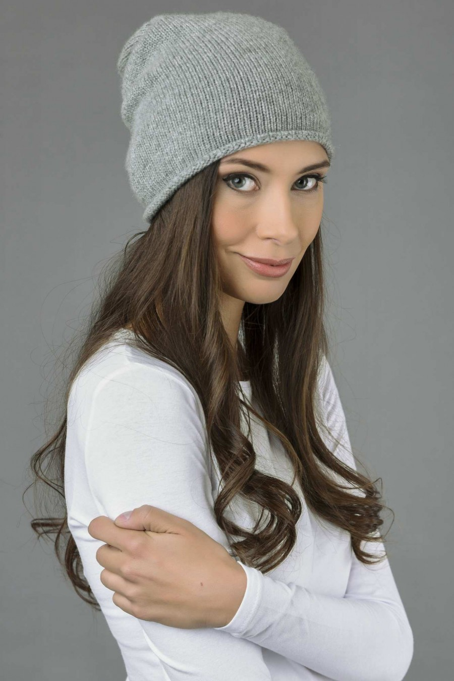 Pure Cashmere Plain Knitted Slouchy Beanie Hat in Light Grey 2 9de25bd5d13