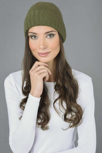 Pure Cashmere Plain and Ribbed Knitted Beanie Hat in Loden Green