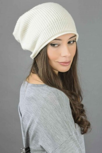 Pure Cashmere Ribbed Knitted Slouchy Beanie Hat in Cream White