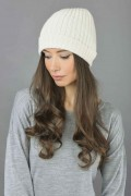 Pure Cashmere Fisherman Ribbed Beanie Hat in Cream White 2